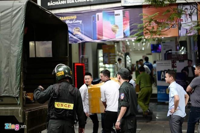 Tong giam doc Nhat Cuong Mobile bi khoi to them toi rua tien hinh anh 2