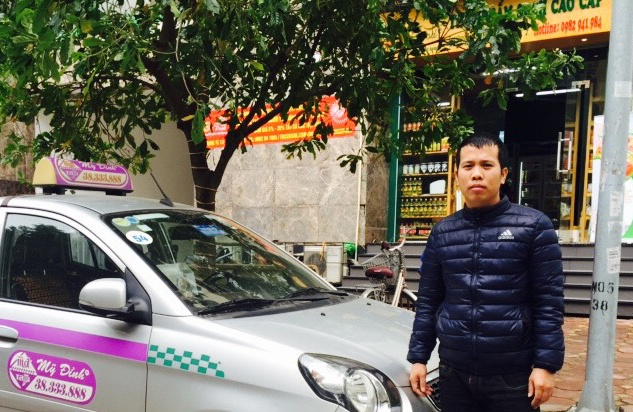 Lai xe taxi tra 14.000 USD cho khach anh 1