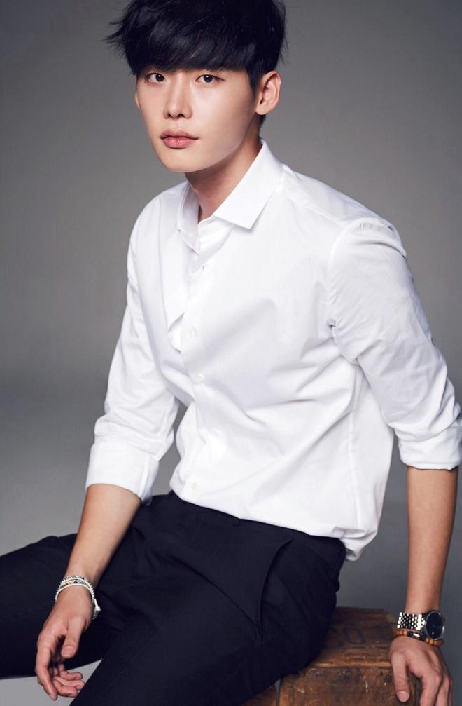 Lee Jong Suk tiep tuc dien vai thien tai, se tu tu vi tinh hinh anh 1