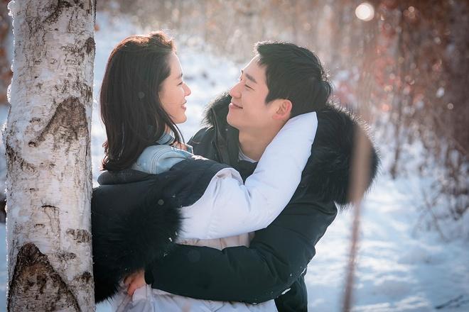 Jung Hae In nhin Son Ye Jin nhu khang dinh: Em yeu chi mat roi! hinh anh