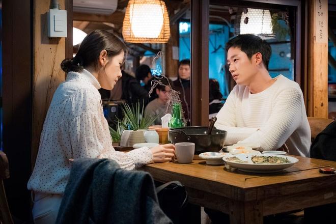 Jung Hae In nhin Son Ye Jin nhu khang dinh: Em yeu chi mat roi! hinh anh 4