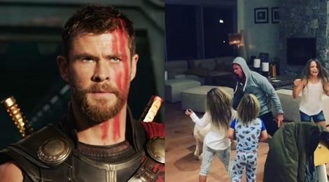 'Than sam' Chris Hemsworth cung 3 con nhay mua theo hit Miley Cyrus hinh anh