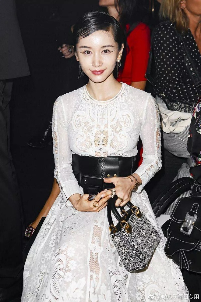Angela Baby show dior anh 9