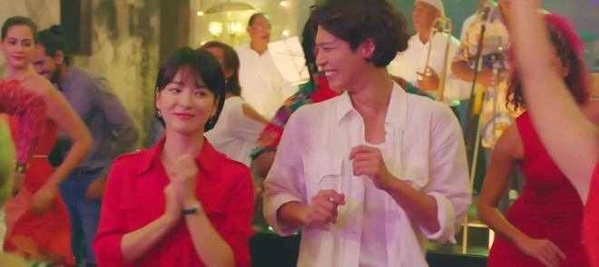 Song Hye Kyo dong cung Park Bo Gum anh 3