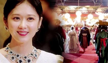 Vi sao phim cua Song Hye Kyo hut hoi truoc Jang Nara? hinh anh