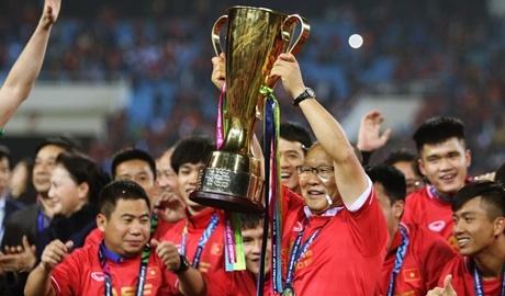 Dan Han co vu Park Hang-seo, tran chung ket AFF Cup dat ky luc rating hinh anh