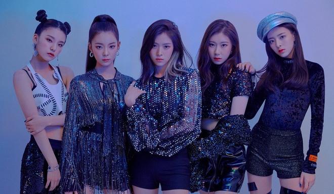 MV debut cua nhom nhac 10X dan em Twice bi cong chung ghet nhat hinh anh 2