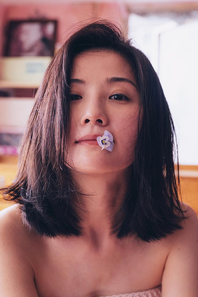 Thai Trac Nghien hoc mua cot, khoa than trong phim 18+ hinh anh 5