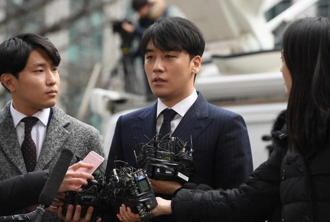 Seungri: 'Toi da co ngan Jung Joon Young quay len video tinh duc' hinh anh 1