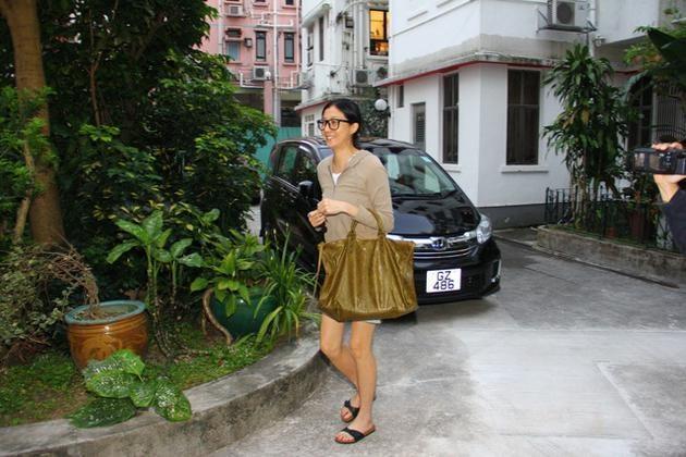 Con roi cua Thanh Long chi trich me ruot: 'Ba ay moi can den bac si' hinh anh 2
