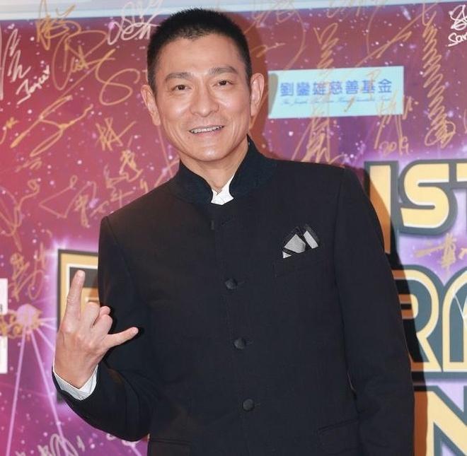 Thanh Long, Luu Duc Hoa va dan sao quyen luc nhat Hong Kong hoi ngo hinh anh 4