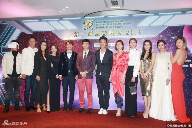 Thanh Long, Luu Duc Hoa va dan sao quyen luc nhat Hong Kong hoi ngo hinh anh 14