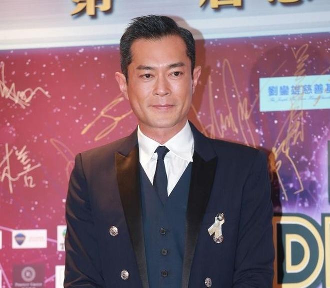 Thanh Long, Luu Duc Hoa va dan sao quyen luc nhat Hong Kong hoi ngo hinh anh 3