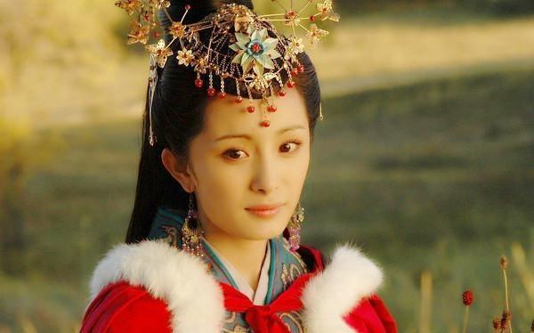 Duong Mich khong phai la Vuong Chieu Quan dep nhat man anh hinh anh 3