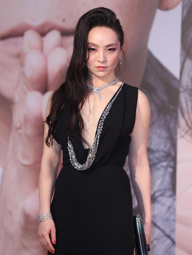 Song Hye Kyo gia hon 'Dat Ky' 53 tuoi On Bich Ha tai Kim Tuong 2019 hinh anh 3