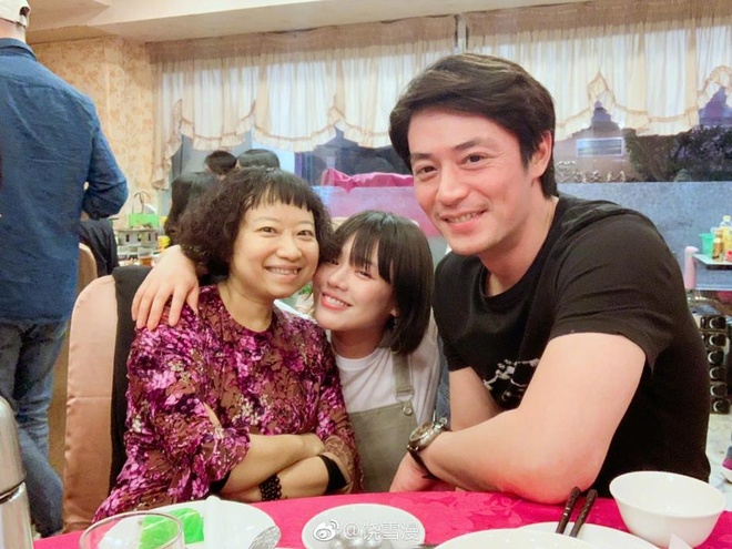 Hoac Kien Hoa vui ve khi ba xa Lam Tam Nhu den phim truong tham hinh anh 2