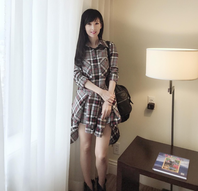 Chau Hue Man: 'Toi tha song voi 20 con meo con hon sinh mot dua tre' hinh anh 7