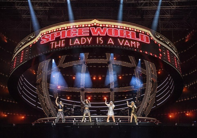 58.000 khan gia thon thuc vi man tai hop cua Spice Girls sau 19 nam hinh anh 3