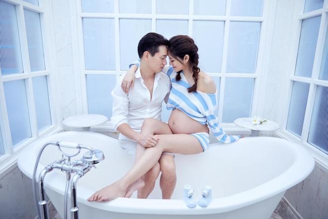 'Trieu Man' An Di Hien khoe bung bau lon trong bo anh chup o Phu Quoc hinh anh 2