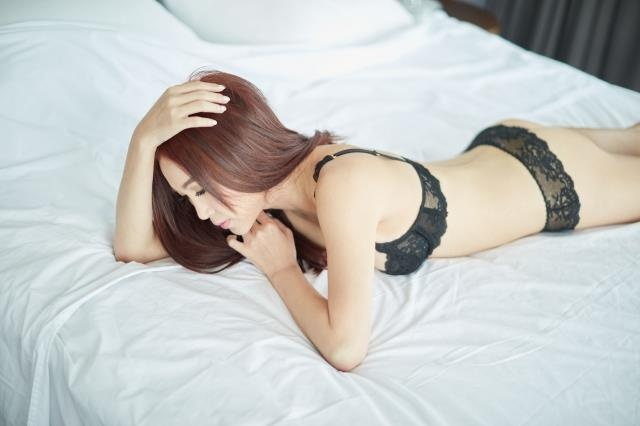 'Dat Ky' On Bich Ha chup anh ban nude o tuoi 53 hinh anh 3
