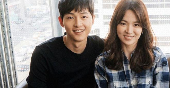 Song Joong Ki di xem ca nhac vao ngay de don ly hon Song Hye Kyo hinh anh 1