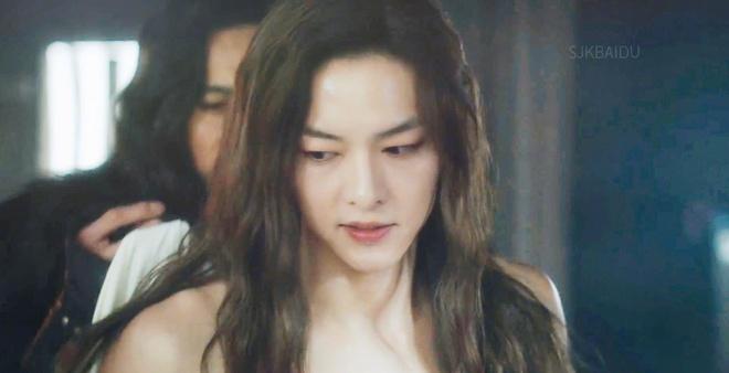 Song Joong Ki lan dau xuat hien sau on ao ly hon Song Hye Kyo hinh anh 2