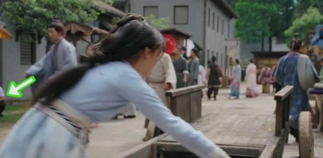 Loi gian doi va ngheo nan trong phim co trang Trung Quoc hinh anh 3