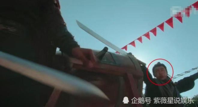 Loi gian doi va ngheo nan trong phim co trang Trung Quoc hinh anh 5