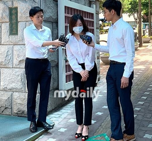 Hwang Hana duoc tha anh 3