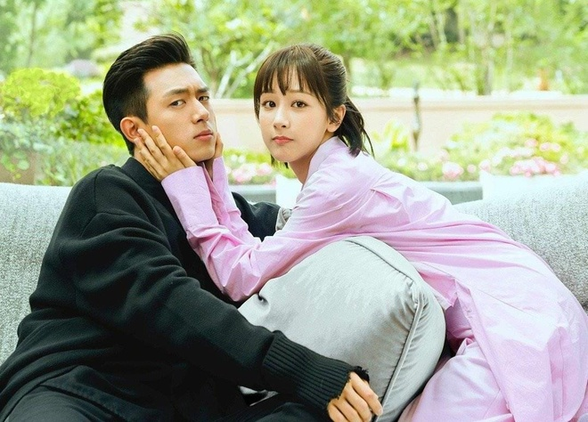 Phim cua Duong Yen vua ra mat da bi 'Ca muc ham mat' de bep hinh anh 1