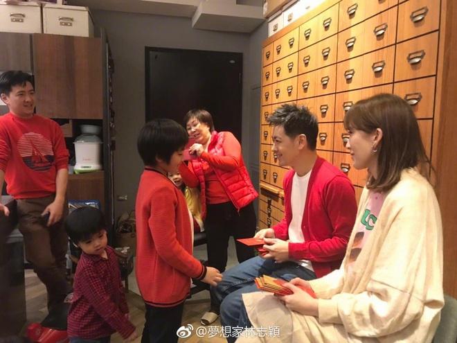 Hanh phuc cua Lam Chi Dinh ben vo dep, con ngoan sau 6 nam ket hon hinh anh 6