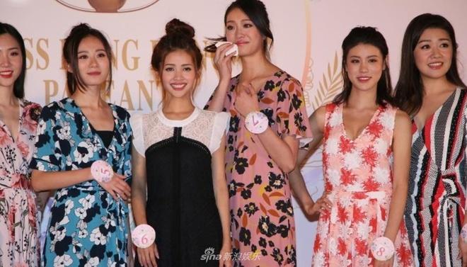 Top 10 Hoa hau Hong Kong bi che xau, an mac nhu phu nu trung nien hinh anh 2