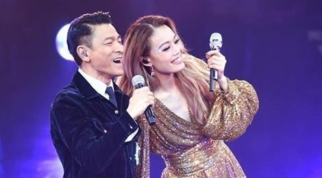 Khán giả xúc động khi Lưu Đức Hoa hát bản gốc 'Tình nhạt phai'