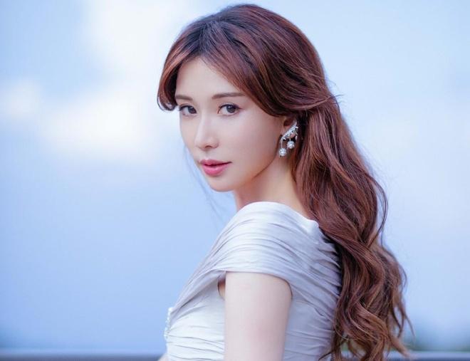 Lam Chi Linh mang thai anh 2