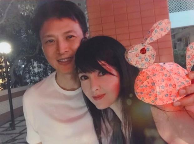Sắc vóc tuổi 52 của ngọc nữ màn ảnh Châu Huệ Mẫn