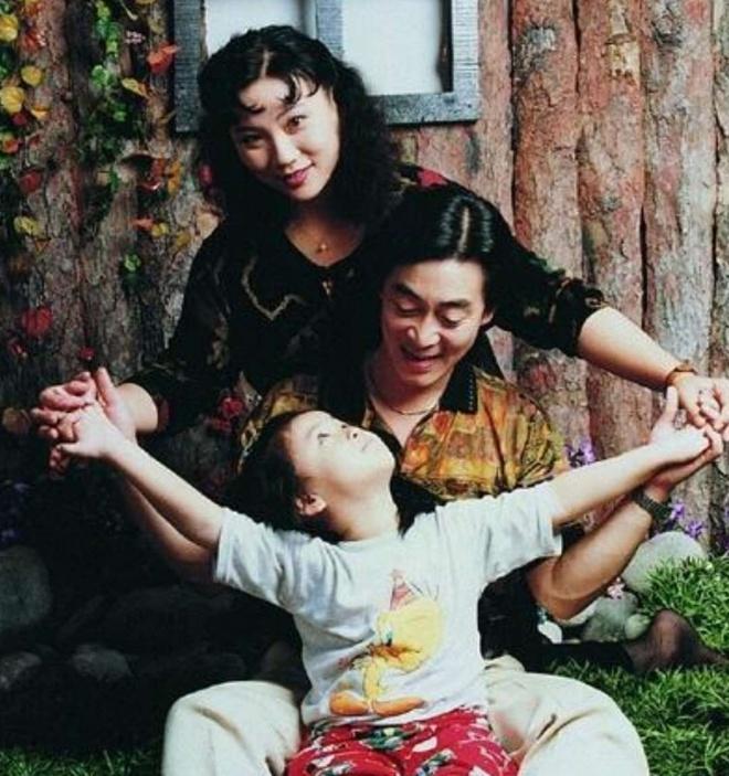 Anh hiem hoi cua con gai 'Ton Ngo Khong' Luc Tieu Linh Dong hinh anh 5