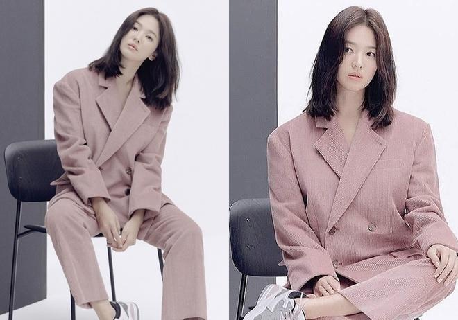 Song Hye Kyo tro lai mang xa hoi voi loat anh moi sau ly hon hinh anh 6