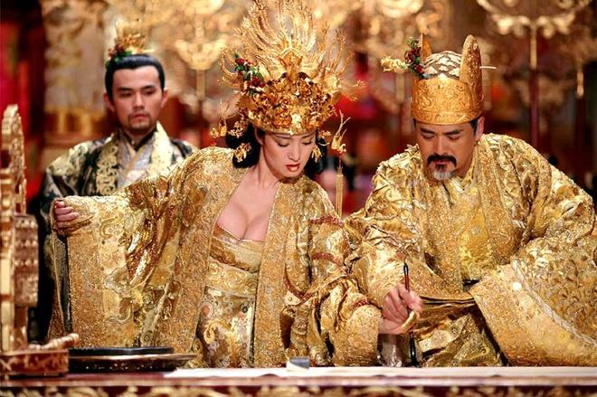 Ly Tieu Long tung dong 'Tieng set trong mua' cua Trung Quoc hinh anh 3