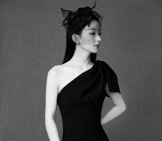 Trieu Le Dinh sinh con anh 6