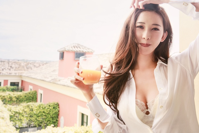 Lam Chi Linh to chuc le cuoi kin dao voi ca si Nhat hinh anh 2