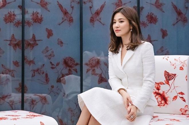 Song Hye Kyo sống bình dị sau khi ly hôn