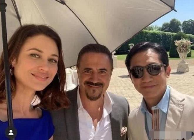 Khan gia Trung Quoc lo lang khi Luong Trieu Vy quay phim o Australia hinh anh 1 luong5.JPG