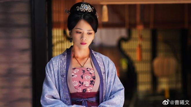Tao Hi Van chen ep Trieu Le Dinh anh 1