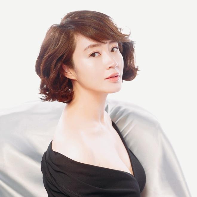 Kim Hye Soo tra no cho me anh 1