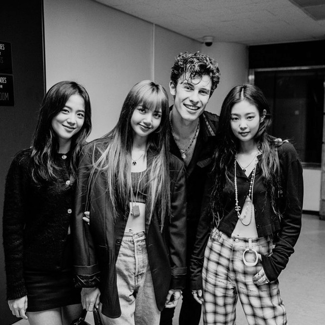 Shawn Mendes khoe anh chup cung Black Pink hinh anh 1