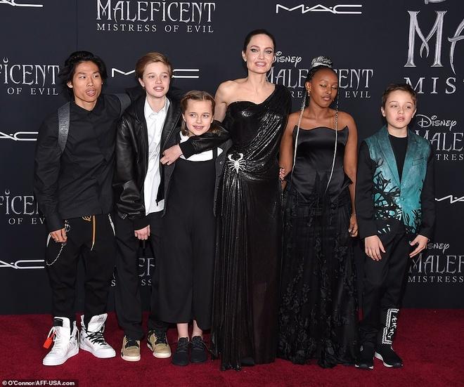5 nguoi con den ung ho Angelina Jolie ra mat phim moi hinh anh 3