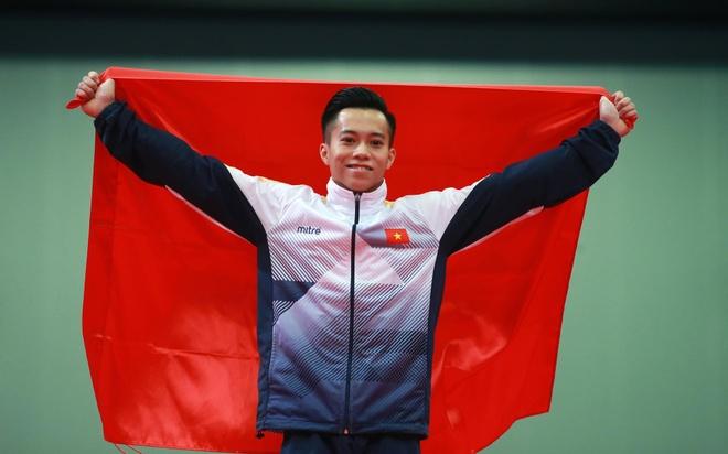 Le Thanh Tung - tu thung banh mi cua me den giac mo vang SEA Games hinh anh