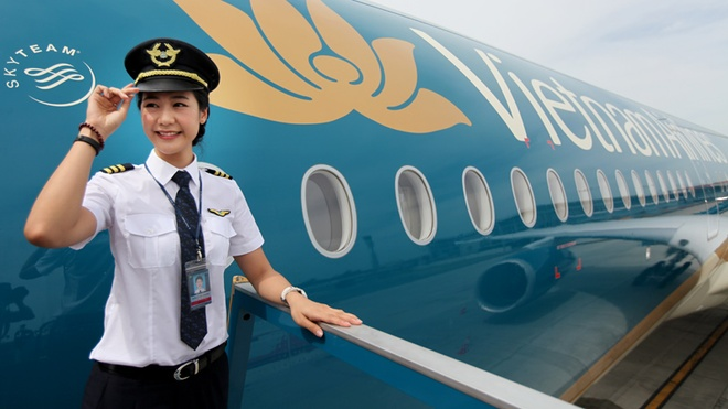 Luong phi cong Vietnam Airlines 100 trieu dong mot thang hinh anh