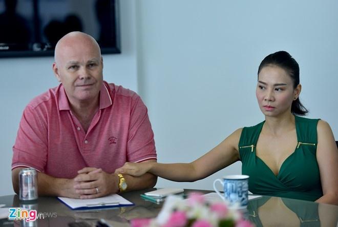 Thu Minh: Lam an voi chong toi ma tin uy tin toi la au tri hinh anh