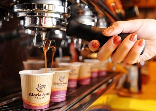 The KAfe, Saigon Cafe, Caffe Bene... vi sao kho song o Viet Nam? hinh anh